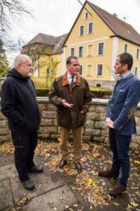 Bild (von rechts) MdB Albert Rupprecht, Baron Eberhard von Gemmingen-Hornberg, Johannes Bradtka Bild © R. Wellenhöfer